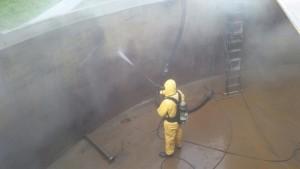 Onafhankelijke adembescherming reinigen bassin