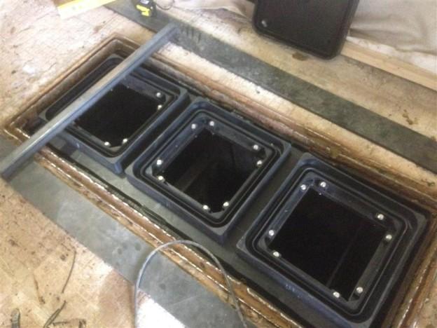 HDPE kunsstof deksel op gerenoveerde vetput